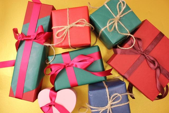 プレゼントにもおすすめなレイングッズ