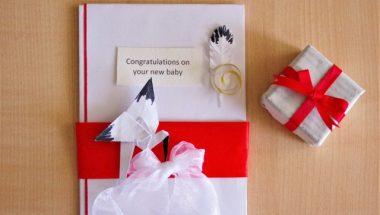 出産祝いはいつまでにするべき?人気の高いプレゼントもご紹介!